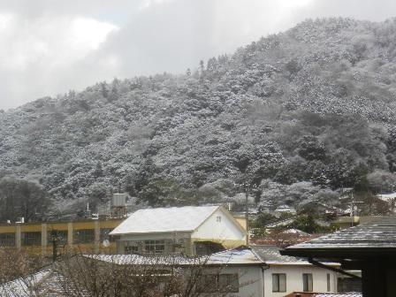 雪景色の3月30日.JPG